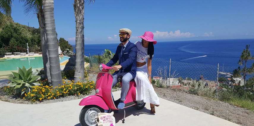 Matrimonio In Vespa : Sposarsi alle eolie in o in vespa d epoca wedding eolie